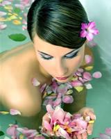 Koupele z Mořské a Speciální Soli - Olejové Koupele - Koupele s Bylinkami